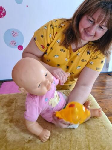 """Онлайн курс"""" Гимнастика Мама и Бебе"""" Показвам в близък план детайлно техника, а вие ме следвате!"""