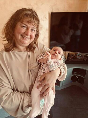 С бебе Ева на 17 дни!